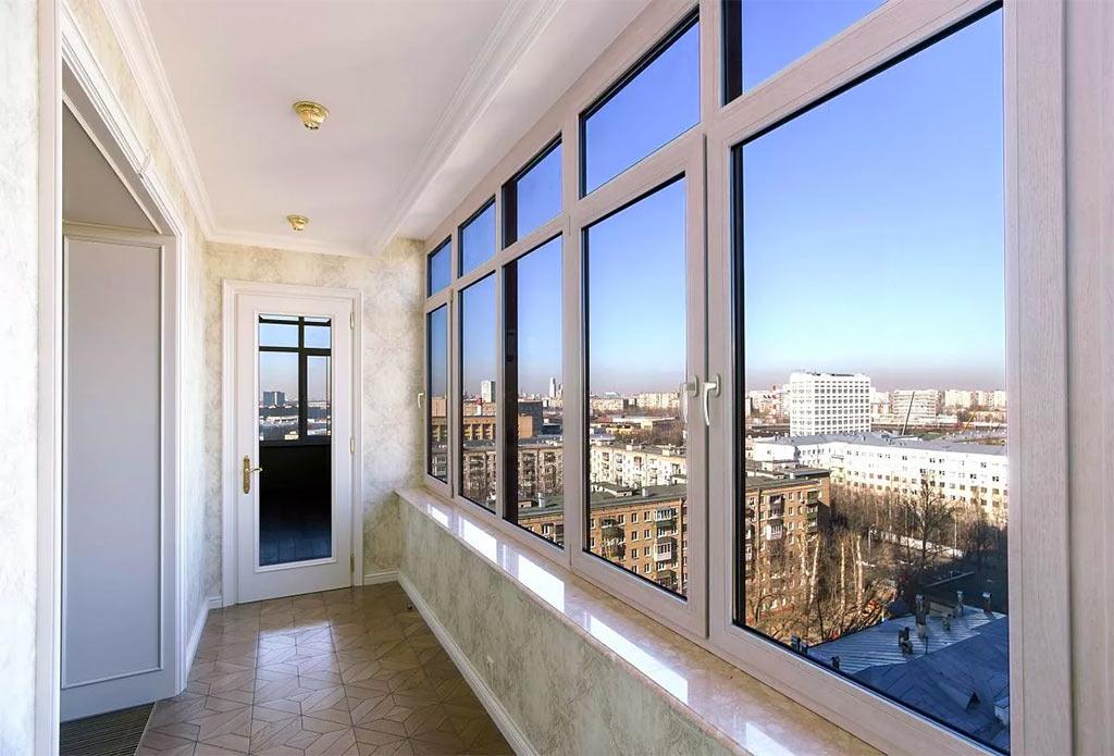 Особенности пластиковых окон для остекления балкона от Алиас-Днепр